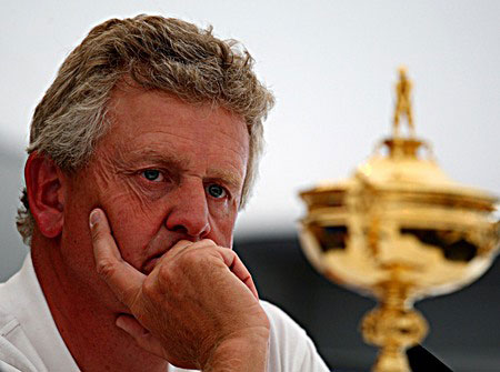 Monty, pensando en su equipo y preocupado por su juego