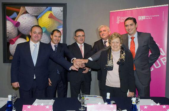 Iñigo Aramburu, Carlos García, Antonio Lis, Gonzaga Escauriaza, Emma Villacieros y Santiago Echeverría (foto de Felipe Pérez)