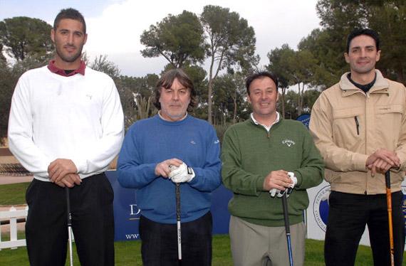 El equipo del Emanuele Canonica (tercero por la izquierda) (foto de Luis Corralo)
