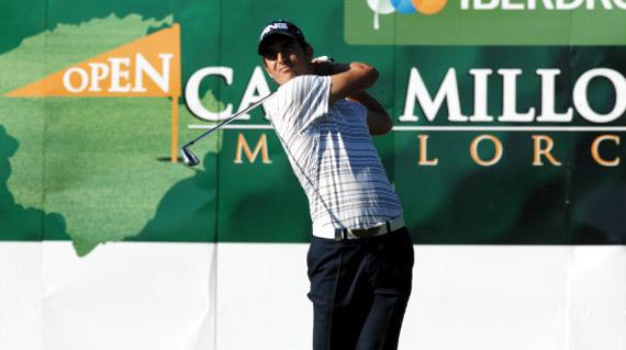 Alejandro Cañizares, a tres golpes de la cabeza (foto de Luis Corralo)