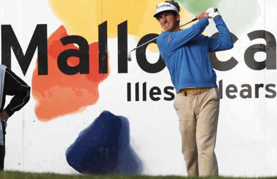 Gonzalo Fernández Castaño, a rematar en Pula Golf (foto de Luis Corralo)