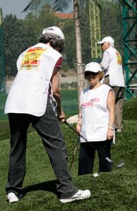 Participantes de la iniciativa Mayores con Swing