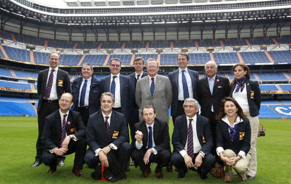 La Comisión de Evaluación de la Ryder 2018 visita el Santiago Bernabéu (foto de Fernando Herranz)