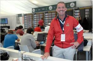 Tim Kerr, un voluntario muy especial (foto de Luis Corralo)