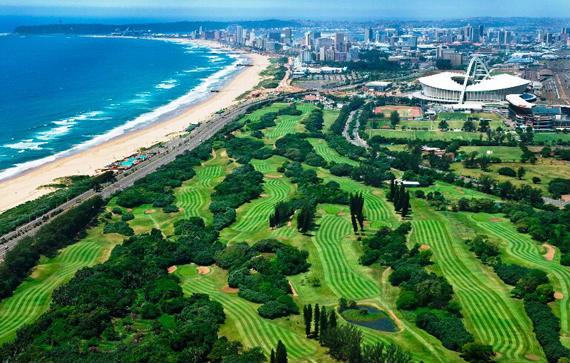 Golf y fútbol en Sudáfrica (estadio King's Park, Mundial 2010)