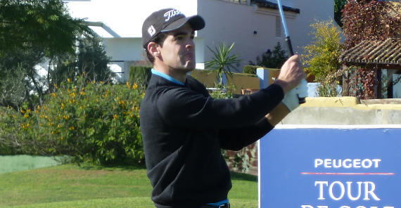 Iñigo Urquizu en la última jornada de la final del Peugeot Tour (foto de Crónica Golf)