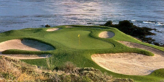 Vista del green del hoyo 7 de Pebble Beach