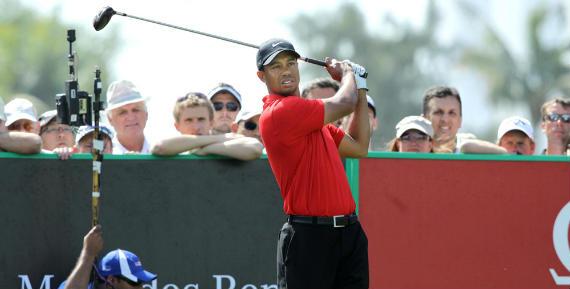 Tiger conserva su tercer puesto en el ránking pese a su atropellado final en Dubái