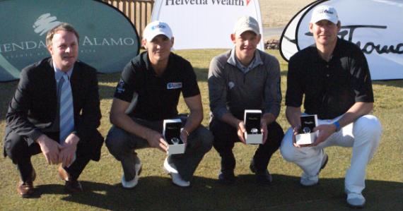 Wayne Hachey (director del torneo) junto a Lloyd Saltman, Joachim Hansen y James Hepworth, podio en Hacienda del Álamo