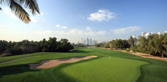 Vista del hoyo 2 del Majlis Course del Emirates Golf Club