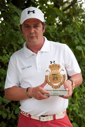 Jorge Santos gana en Las Rejas