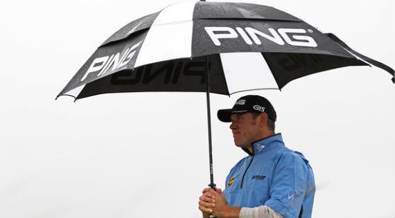 La lluvia y el viento, eternos aliados del golf escocés y británico