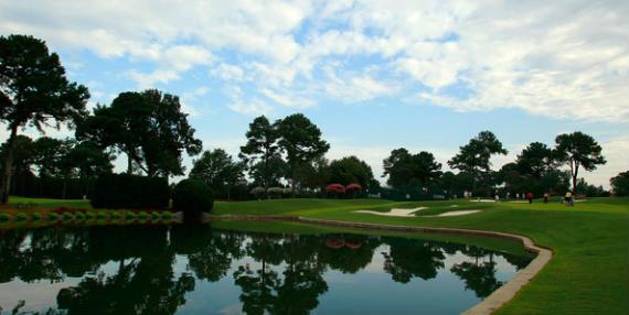 Una vista del Highland Course del Athletic Club (hoyo 7)