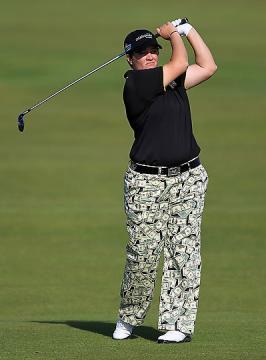 Meaghan Francella y sus pantalones de dólares