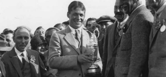 Bobby Jones recibe la jarra de clarete en 1926