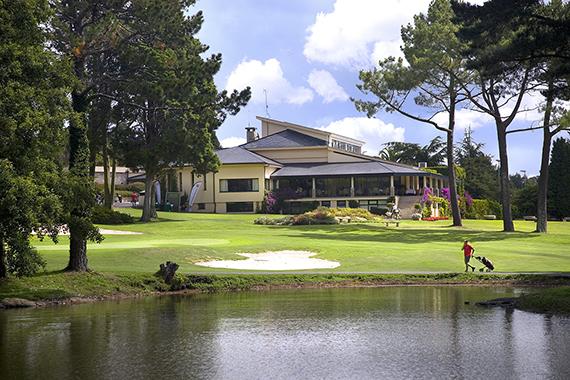 La casa club del Real Club de Golf de La Coruña