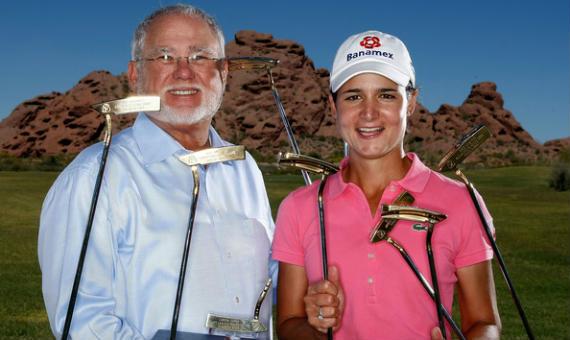 John Solheim y Lorena Ochoa, una de las principales embajadoras de la marca
