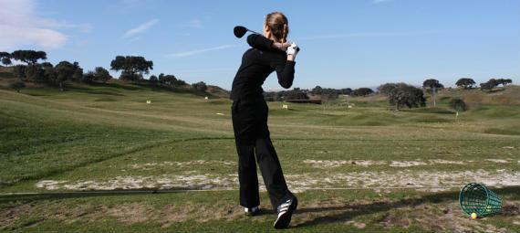Es el swing de golf un movimiento natural? - Crónica Golf