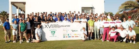 Foto de familia de los participantes en el Pro Am (foto de Luis Corralo)